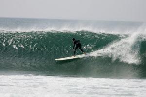surfer biarritz